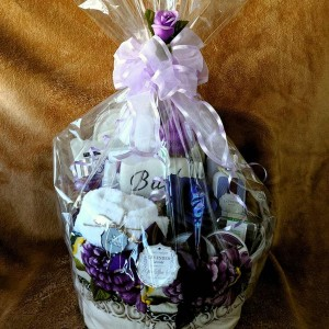 Purely Lavender Spa Body & Bath Supreme Gift Basket