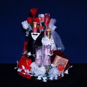 Bride & Grooms Honeymoon Gourmet Gift Basket #448