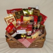 A Fancy Picnic Gift Basket