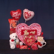 Hearts on a Platter Valentine/Romance Gourmet Gift Basket